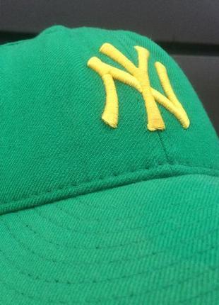 Кепка бренду jones new york