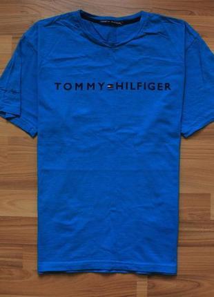 Крутецкая футба tommy hilfiger big logo Tommy Hilfiger c3bfad1f2d70a