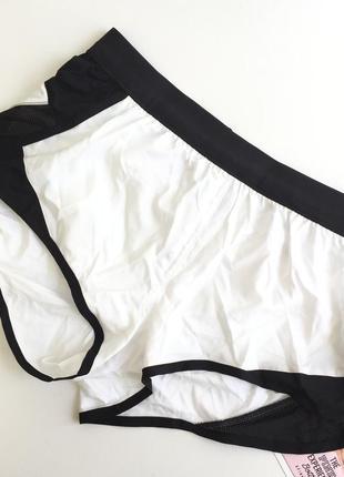 Белые спортивные шорты run short от victoria's secret