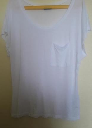 Белая базовая футболка от vila