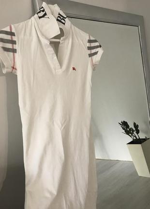 Бредове плаття від burberry