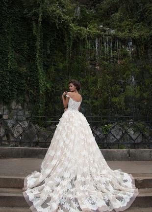 Шикарное свадебное платье для королевы