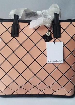 Новая лаковая сумка calvin klein оригинал