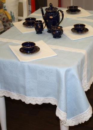 К-т столовый голубой с кружевом 150*200 см, лен/хл