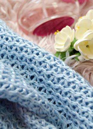 Очень приятный вязаной свитер