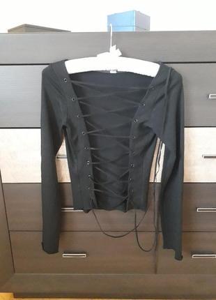 Кофта блуза с шнуровкой на спине