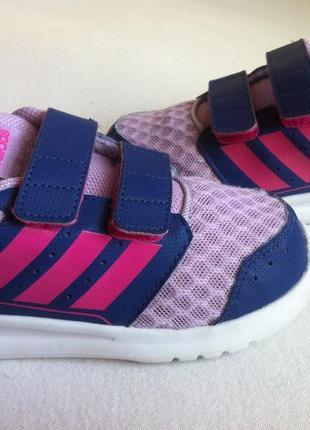 Ультралегкие кроссовки adidas размер 25-26 по стельке 16 см оригинал !!!