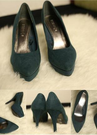 Туфлі смарагдового кольору h&m