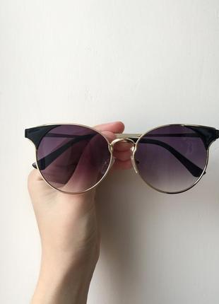 Солнцезащитные очки cat-eye