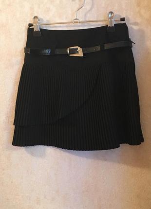 Черная юбка плиссе 6-7 лет