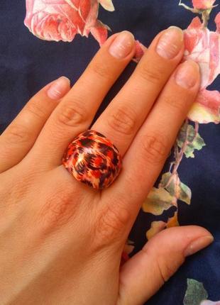 Кольцо с леопардовым принтом /пластик