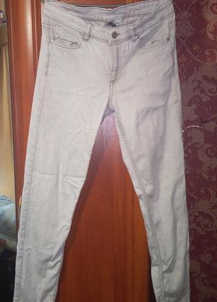 Штаны светлые джинсы