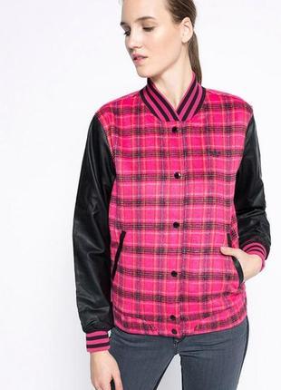 Куртка от adidas tartn wool
