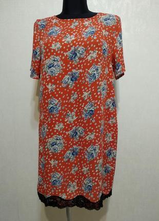 Платье в цветочек с кружевом  madam rage