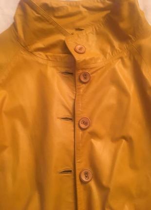 Шикарная  кожаная куртка .  италия