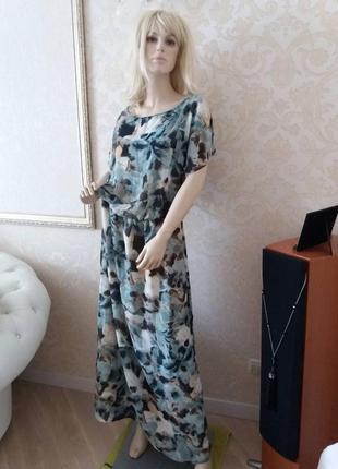 Красивое шифоновое платье в цветочный принт