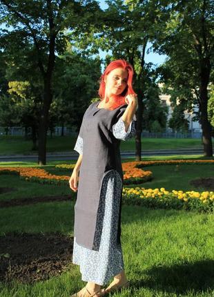 Платье из льна с ручной вышивкой и интересной юбкой