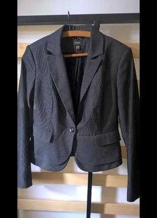 Шикарный приталенный пиджак mexx, новый