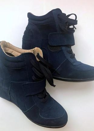 Женские ботинки (сникерсы на платформе)