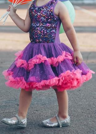 Мега нарядное платье в пайетках