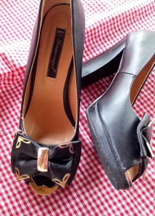 Туфли, каблук, обувь, взуття