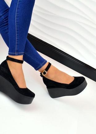 Туфли,  босоножки на танкетке натуральная замша черные3 фото