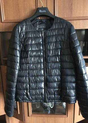 Осення куртка amisu