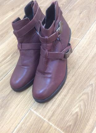 Ботиночки полусапожки новые кожаные