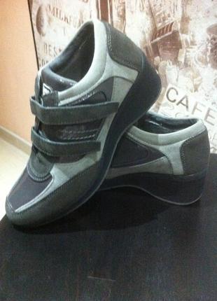 Ботинки,сникерсы inblu