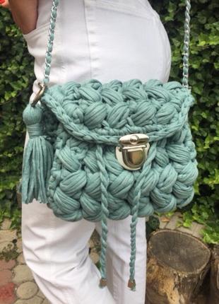 Сумка рюкзак из трикотажной пряжи вязанный
