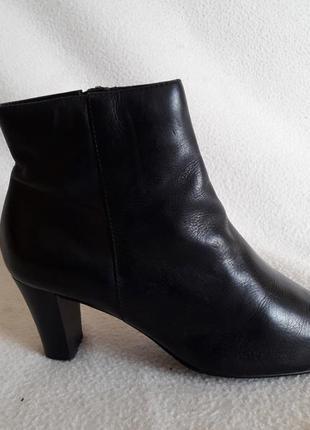 Кожаные ботинки фирмы lloyd ( германия) р. 37 стелька 24 см
