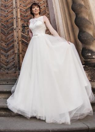 Свадебное платье, а-силуэт, пышное