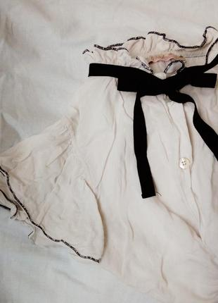 Мила блуза