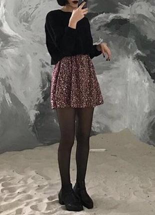 Милое короткое платье в цветочный принт