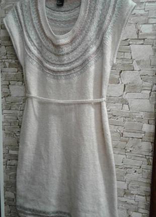 Тёплое милое весенне-осеннее платье 36р
