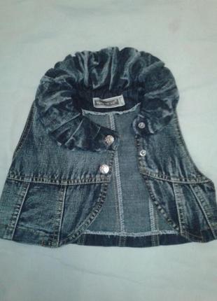 Джинсовая жилеточка для маленькой модницы