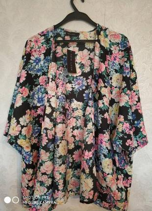 Актуальный пиджак пляжная накидка в цветочный принт бренда new look, размер 16