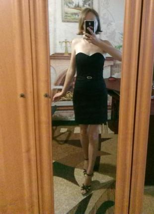 Чёрное мини-платье