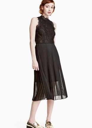 Очень красивое нарядное вечернее, выпускное кружевное платье миди h&m