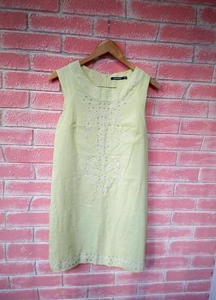 Нежное платье прямого кроя с перфорацией лимонного цвета  р. m l