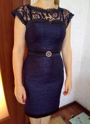 Шикарное вечернее платье итальянской фирмы behcetti