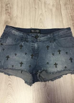 Классные коротенькие шорты с крестами authentic denim
