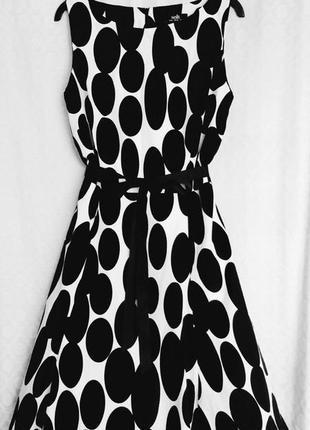 Красивое котоновое миди платье