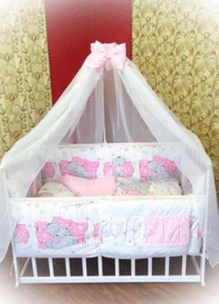 Детское постельное белье в кроватку выполнено из 100% натуральных и гипоаллергенных тканей