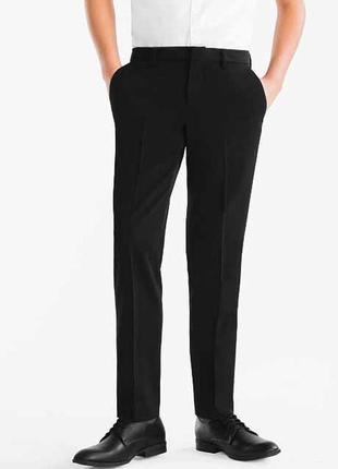 Черные зауженные мужские подростковые брюки, c&a,германия размер 44-46 наш