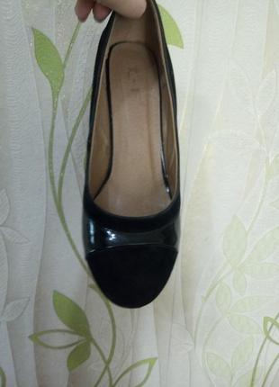 Туфли  замшевые с лаковыми вставками