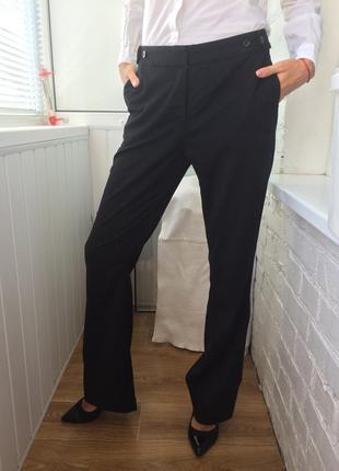 5️⃣ чёрные классические брюки от h&m