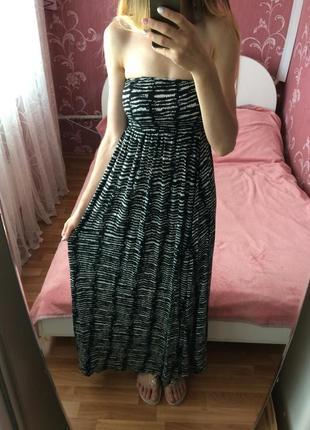 Красивое длинное платье сарафан в пол