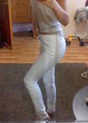 Белые джинсы коттон