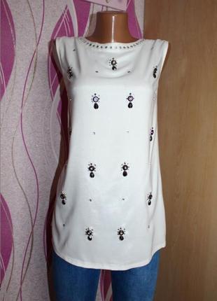 Стильная легкая блуза футболка расшитая камнями м, 46 oasis